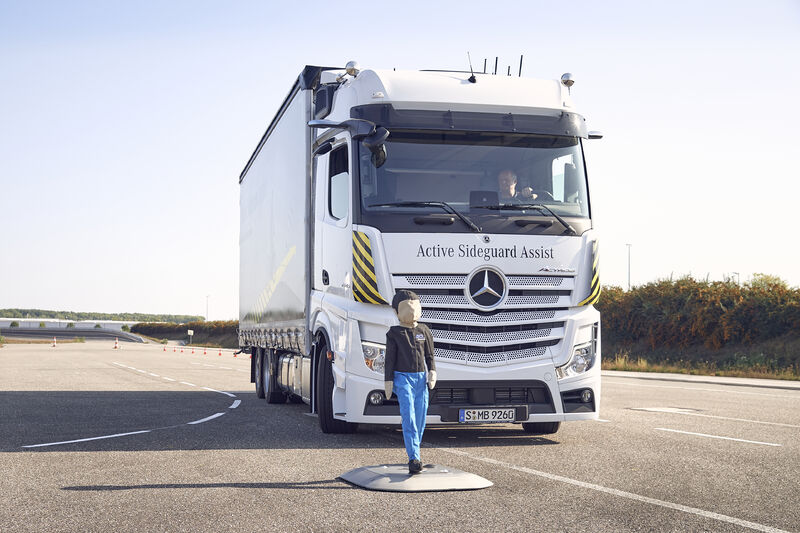 Picture 1 - eActros