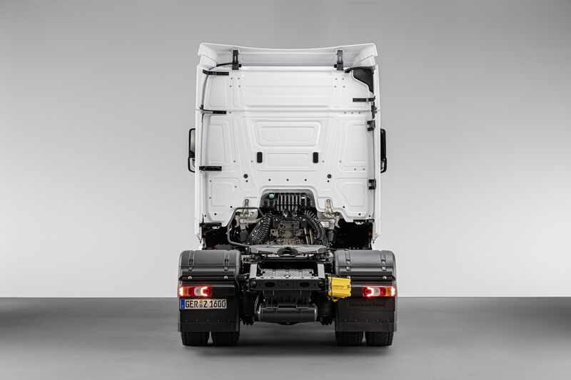 Picture 5 - Actros F